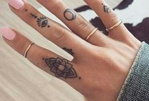 finger tatts