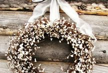 wreaths / by Alicia {of Project Alicia}