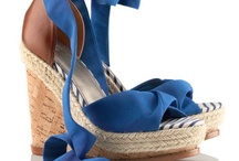 Shoes & Accessoires / by Coco