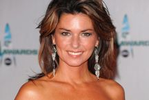 """CELEBS✿Shania Twain / Welcome! You are all cordially invited to collaborate on this board. If you follow me and write simply """"Add me""""on one of my pins, ONLY THERE : https://www.pinterest.com/hardysCorner7/last-minute/ , I'll send you an invitation, as soon as possible . Thanks to all contributors and followers for making this an superb board! Contributing is not obliged... You are free to invite your friends. Here, no rule, other than those of Pinterest..  Admin✿Bernard :-)"""