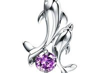 Dolphin Jewelry / 10 Dolphin Jewelry Pieces You Need to Check Out