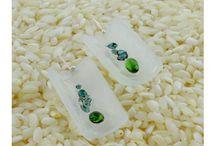 plexiglass earrings / earrings from plexiglass with maramila's technique: enamel and glass