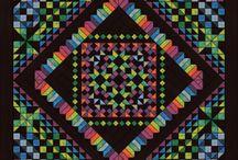 Medallion Quilts / by Eva Larkin Hawkins