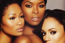 Beauties / Actresses, models and singers that show physical as well as inner beauty.  More than just eye candy.
