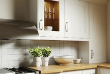 Small Kitchen Tips / To achieve this look: High Gloss, plenty of light; both natural and artificial, light natural colours, sleek lines, dont hide clutter, two tone units, dont box yourself in, use a breakfast bar, use tall cabinets, no window dressing, focus on the view, add texture, mix materials, create a kitchen garden.