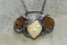 bijoux pâte de métal