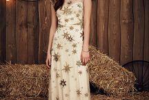 Wedding Themes: Starlit skies / Illumination and sparkle...