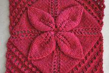Ruth / Knitting