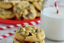 RECIPES Cookies & Sweets / Yum! Cookie dough, cookie recipes and more on this Cookies & Sweets Pinterest board! Find sweets recipes, sweets and treats as well as some desserts for parties on this board here. Stick around us, you'll have fun.