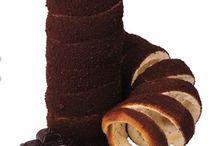 Hungarian Kurtosz with chocolate / yeast dough (kurtoszkalacz Hungarian) in sprinkled with chocolate