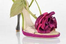 PINK AND GREEN WEDDING  / by Tina Taylor