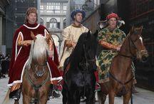 Cavalcata dei Magi / La tradizione rinascimentale torna nella Firenze moderna con la diciottesima edizione della Cavalcata