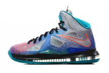 Lebron 10s pure platinum / Want these!