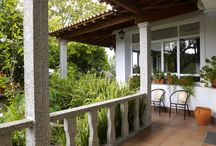 Exteriores / Casa Peto Outes cuenta con una zona ajardinada con piscina y terraza para nuestros clientes. Casa Peto Outes offers our guests a pool, terrace and spacious garden area