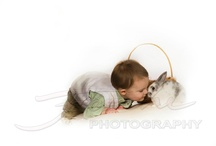 Foschi - Spring Bunny / Hop into spring with one of our spring bunny pictures from  Foschi Photogrpahy.