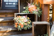 DWAE :: Wedding Venue Entrances / Use florals as a warm welcome for your wedding guests.
