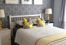 Linda yellow bedroom