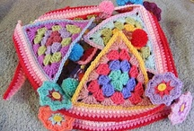 Crochet Granny Triangles / Lots of lovely crochet granny triangles - perfect for bunting