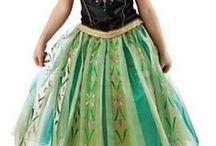 Jurk Silke / Voor Silke's 6e verjaardag wil ik een soort van Anna jurk maken (Frozen)