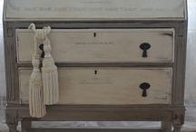 chalk paint / by Hepsey
