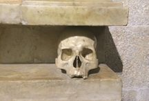 Bones to pick / Skulls, crossbones and other bits and pieces, artistically interpreted around Italy http://ghoulsguides.com/