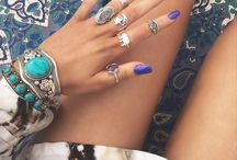 nails and accesorize