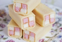 Cakes - Battenberg Cakes / When a normal cake is not fancy enough, make a checkered one.