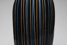 Jun Kaneko sculpture ceramics / Jun Kaneko Japanese ceramic artist Omaha sculpture ceramics Nebraska United States works in clay abstract surface motifs sculptural