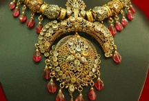 Old is Gold / Historical Jewelry