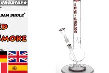 Bam Bam Bhole Bongs / Glass bongs by Bam Bam Bhole Berlin, one of the veterans among German manufacturers and importers of bongs and water pipes. Here you will find the good stuff by Bam Bam Bhole in all sizes, every style and in every price range. Very popular, among others, is the Coloured Smoke series, a range of durable and favorably priced bongs with coloured logos - but also many other glass bongs by Bam Bam Bhole have already become modern classics.