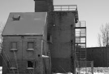 Photography - London, Ontario / Pictures of London, Ontario. A BASIC black frame can be added for $5.