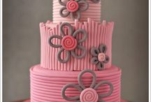 Cakes / by Kimberly Hammer