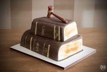 Bolos / Especializada em bolos temáticos para seu evento. Confira em nosso site www.mariaameliadoces.com.br