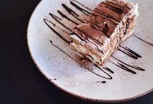 Unwiderstehliche Nachtische / Desserts / Süßigkeiten @foodora / Sammlung verschiedener leckerer Nachtische unserer Volo Restaurants. Von Schokolade bis zu den ausgefallensten süßen Spezialitäten. #Nachtisch #Dessert #Schokolade #Süßes