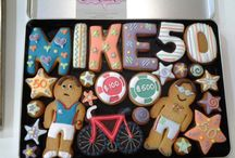 Gifts for Men / Men can be so difficult to buy for! Here we have some ideas for a personalised bespoke cookie gift that says you care!