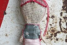 Julie Arkell & Her Papier Mache Creatures / Compelling and naïve, Julie makes hand-built papier-mace creatures and adorns then with found objects and knitted accessories…