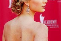 Taylor swift:-)