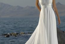 Wedding dresses<3