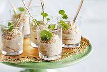 Bloemkool / Bloemkool staat op nummer 5 van de meest gegeten groente in Nederland, en dat is niet voor niets. Deze veelzijdige groente is mild van smaak en kan daarom op heel veel manieren worden gebruikt in uw gerechten. Maak er soep van, een lekkere ovenschotel of rauw uit het vuistje voor de gezonde trek. Een portie voorziet u al in uw dagelijkse dosis vitamine C. Probeer deze lekkere recepten met bloemkool eens!