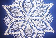 Crochet Doily / Spetsdukar, pineapple