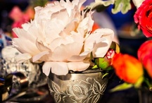 Centerpieces / Find the style of centerpiece for your wedding. Try 2 or 3 styles. Much more fun for your guests