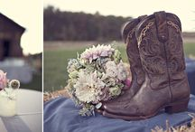 Love|Heather Saunders Photography / by Parsonage Events