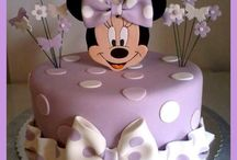 Minnie-Maus-Torte