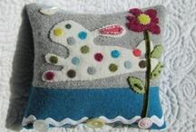 Pin Cushion Love / For the love of Pin Cushions