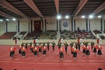 Üniversiteler Arası Halk Dansları Yarışması / Ege Üniversitesi Türk Halk Dansları Topluluğu İzmir Zeybek Ekibi 94.76 puan ile Stilize Dal Türkiye Birincisi olmuştur.