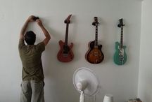 Guitar Wall / 8 guitars 1 wall ... perfection / by Shachar Srebrenik