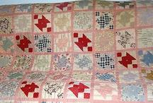 Beautiful Hand Made Feedsack Quilt 1930's