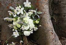 Wedding Flowers / Wedding flower inspiration :).