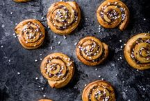 Midsummer celebrations / Celebrate the midsummer with our best Scandinavian recipes, al fresco ideas and travel inspiration. We have you covered for all midsummer events with our salad recipes, fish recipes and sandwich recipes. For anyone with a sweet tooth, we also have tart recipes, ice cream recipes and instructions on how to make the perfect cinnamon buns.