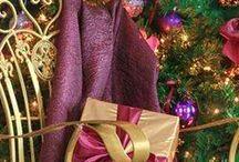 CHR : Purple & Golden Christmas.